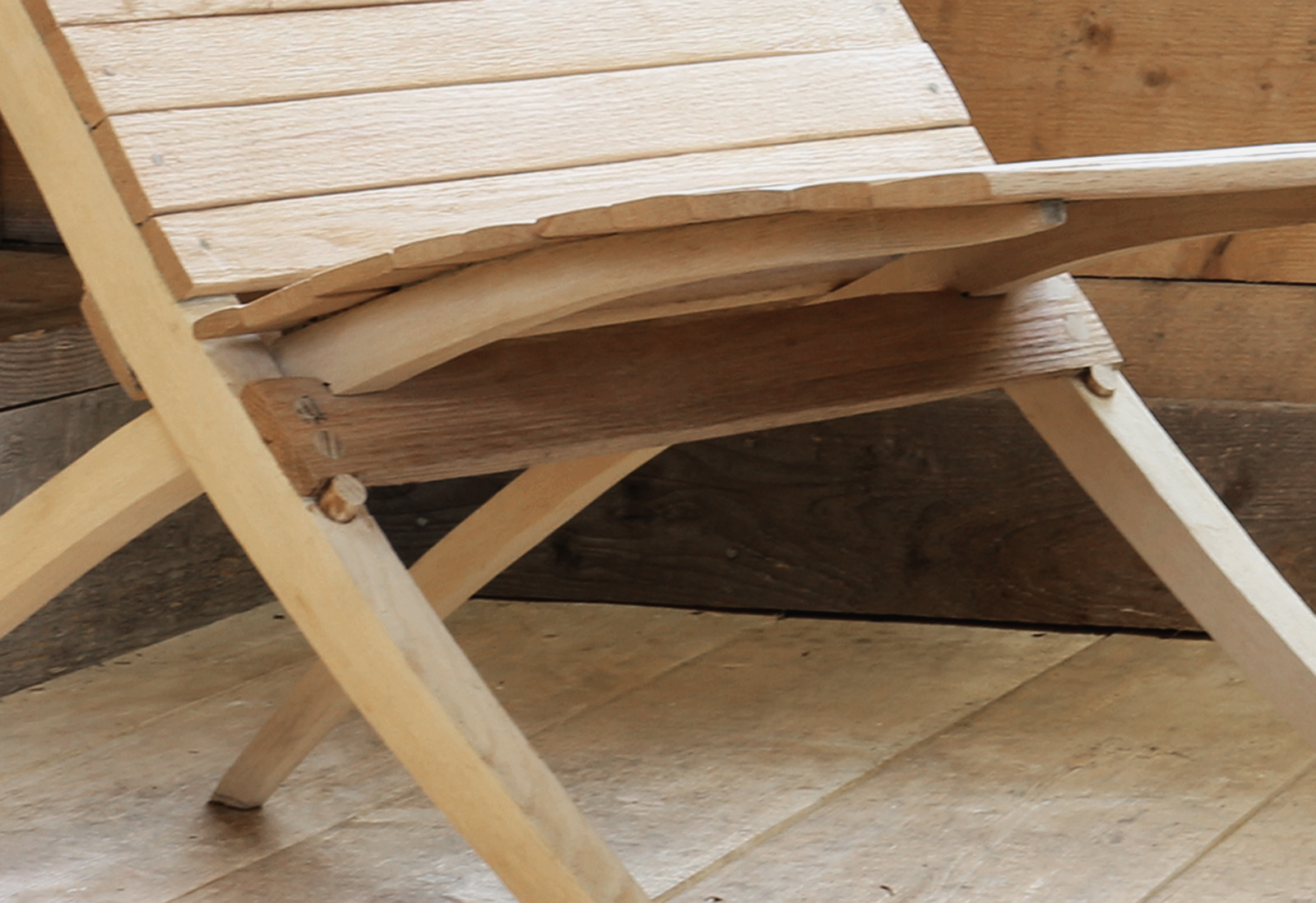 scissor chair detail